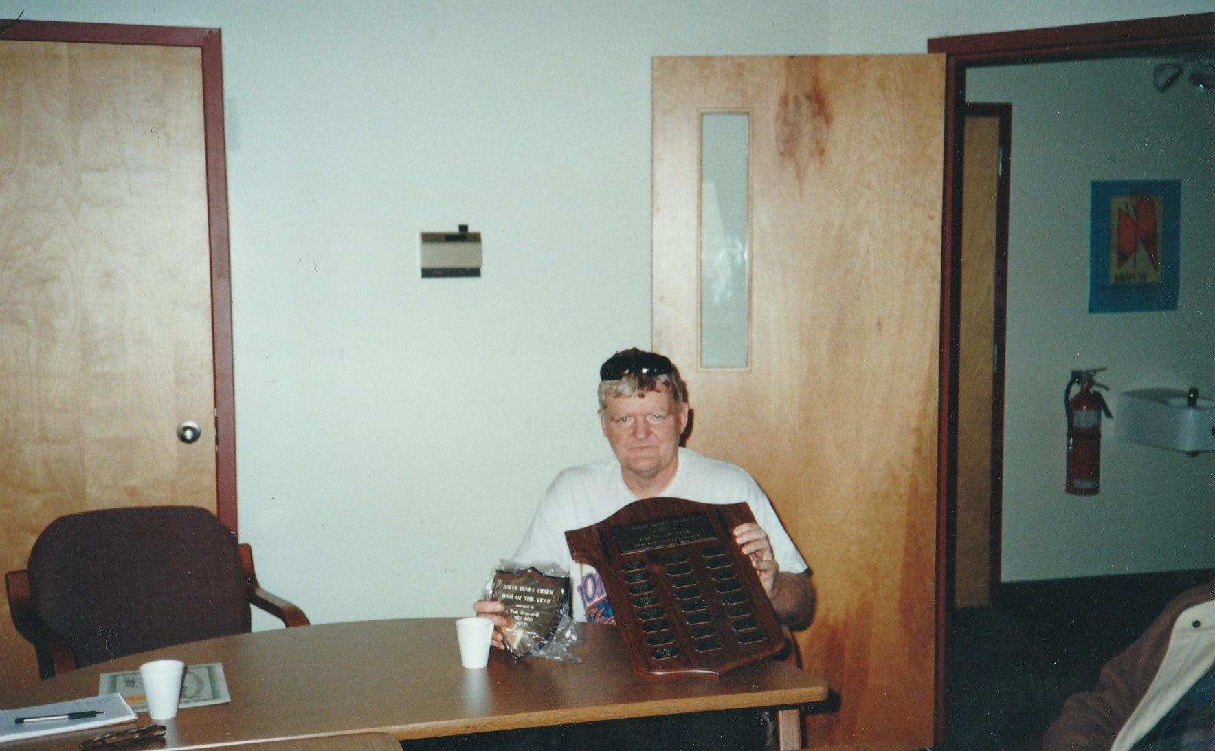 BH Award Oct 2000